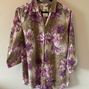 NWT Northern Reflections / Floral / Button Down